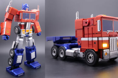Optimus Prime Transformers Hasbro Robosen